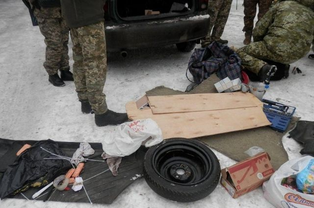 На КПВВ «Майорское» задержали мужчину со взрывчаткой: детали
