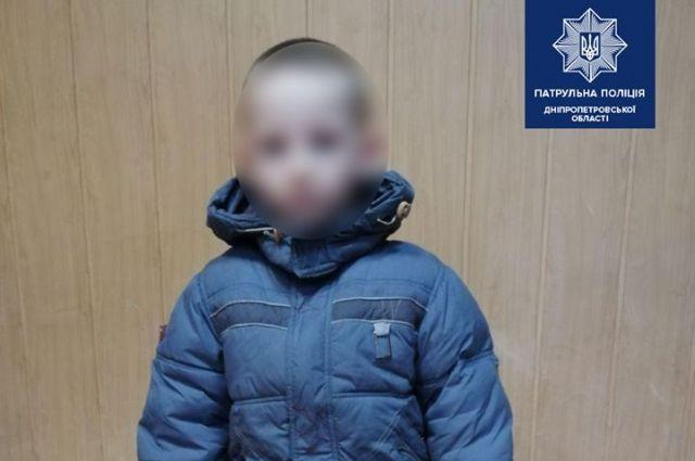 Пьяный мужчина похитил 5-летнего мальчика и вывез его в Днепр: подробности