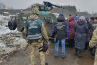 Группа людей пыталась незаконно пересечь линию разграничения на Донбассе