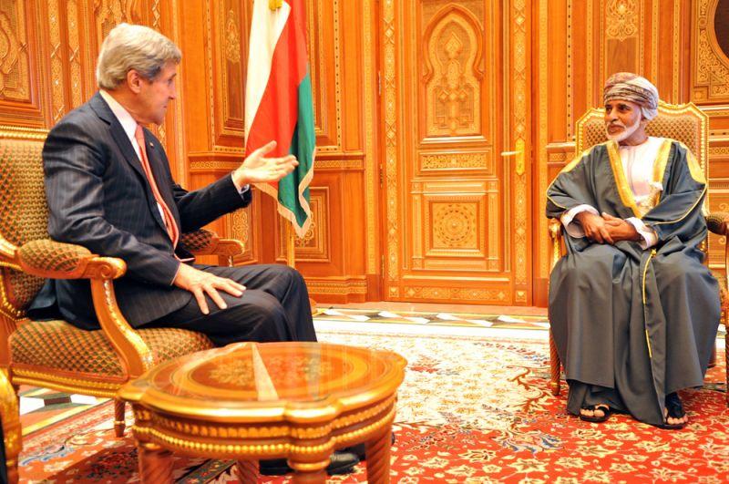 21 мая 2013 года, госсекретарь США Джон Керри и султан Омана Кабус бен Саид.