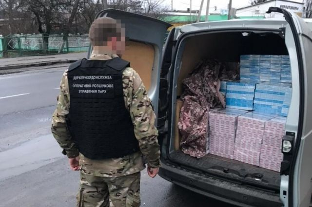 Пограничники на Волыни задержали авто с белорусскими сигаретами: детали