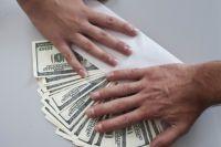 Максимальный размер взятки составляет 441 тыс. руб.