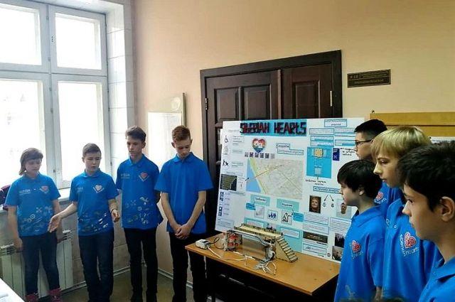 Ребята представят свою работу на международном чемпионате по робототехнике, который пройдёт в Красноярске с 13 по 15 февраля.