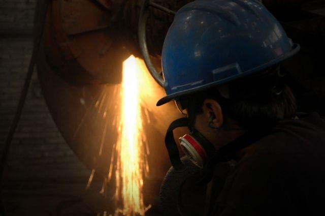 На «Красном Октябре» добились экономии, обслуживая сталеплавильную печь №6