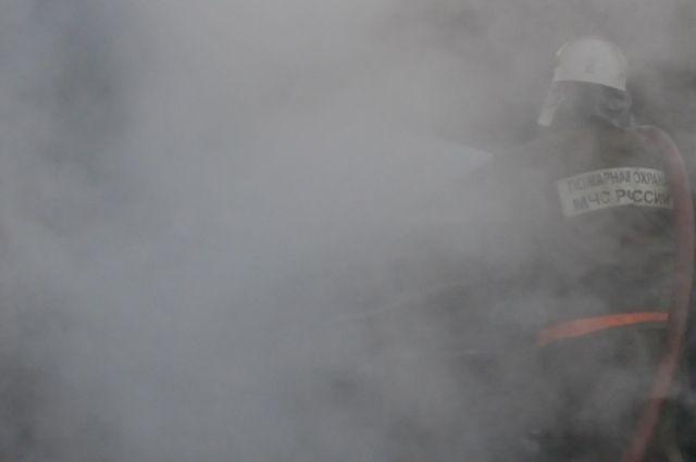 В Балтийске в двухэтажном жилом доме сгорела кровля и перекрытия