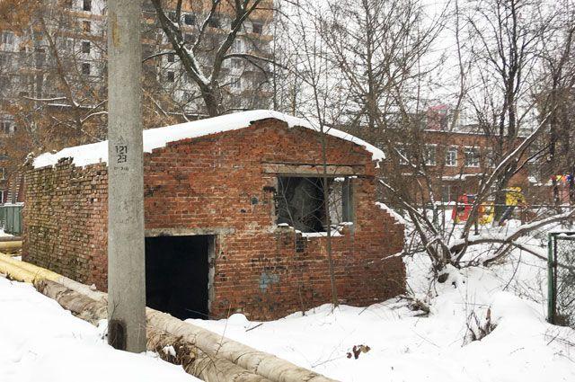 Игры на развалинах. Почему в городе так много заброшенных зданий?