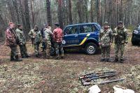 В зоне ЧАЭС пограничники задержали группу браконьеров