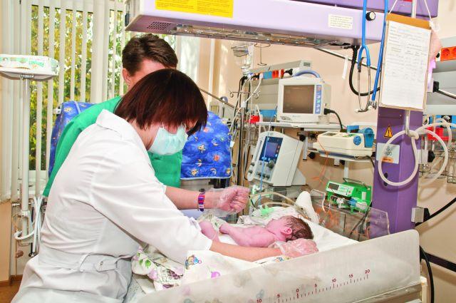 Минздрав опубликовал список бесплатных услуг при родах