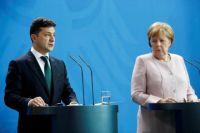 Зеленский провел телефонный разговор с Меркель относительно катастрофы МАУ