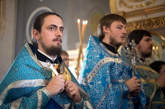 Андрей Кретов - иерей, клирик Свято-Пантелеймоновского храма города Краснодара, преподаватель Екатеринодарской духовной семинарии.