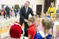 Александр Моор: в регионе продолжится строительство школ и детских садов