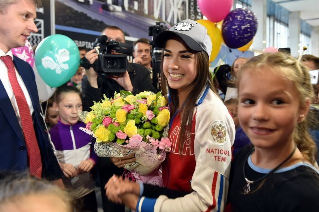 Алина Загитова поздравила дочь Тутберидзе с днем рождения