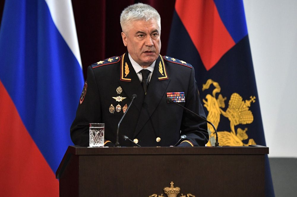 Также с 2012 года занимает пост министра внутренних дел Владимир Колокольцев.