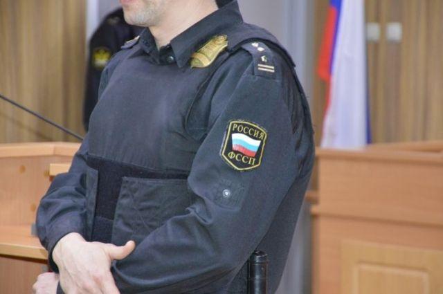 Тюменец получил десять суток ареста за то, что не платил алименты на сына