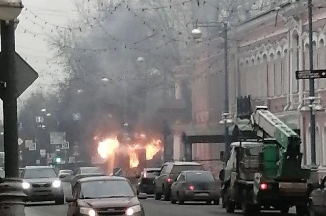 В Тюмени после ДТП дотла сгорела Газель, второй участник аварии скрылся