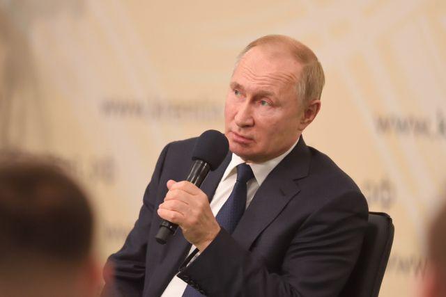 Путин обещал помочь 94-летней жительнице Петербурга photo