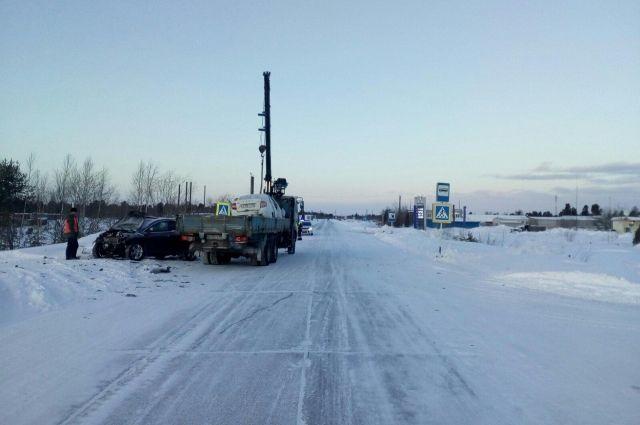 В ДТП на трассе Сургут – Салехард погибли три человека