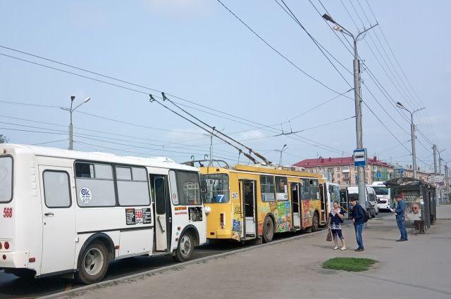 На «умных остановках» новосибирцы смогут в онлайн-режиме следить за движением общественного транспорта.