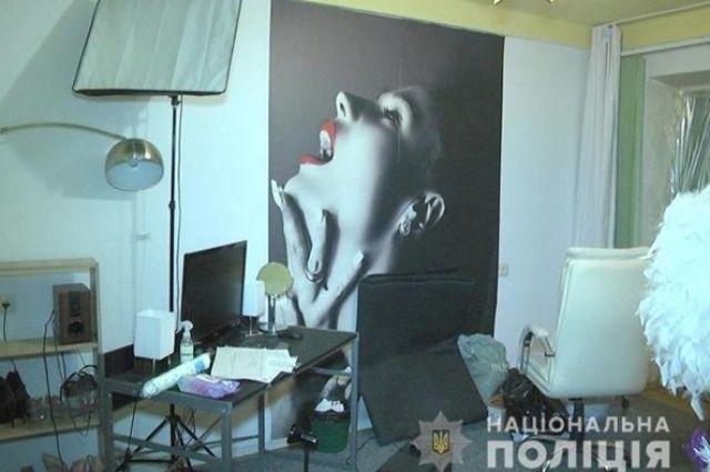 В Киеве разоблачили сеть онлайн-порностудий