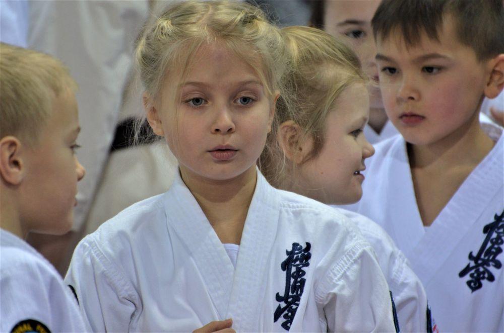 Самая юная каратистка из Заозёрска.