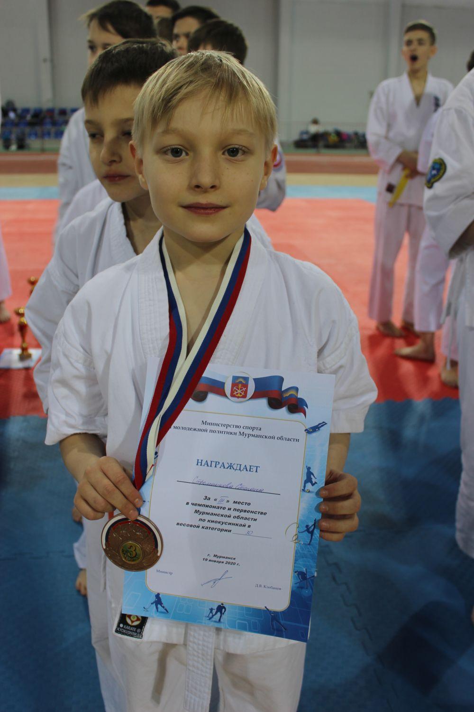 Стёпа Стрельников мечтает о золоте Олимпийских игр. Но пока только бронза в весе 30 кг.