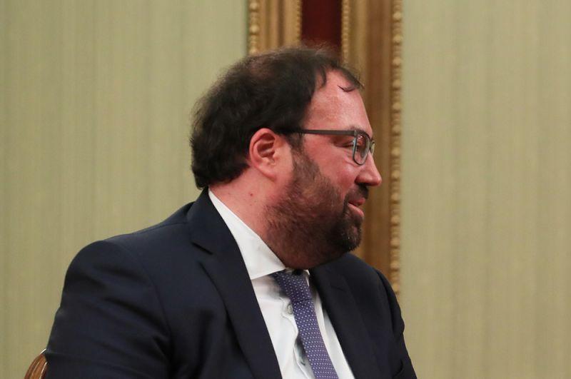 Вице-президент «Ростелекома» Максут Шадаев стал министром связи и массовых коммуникаций (вместо Константина Носкова).