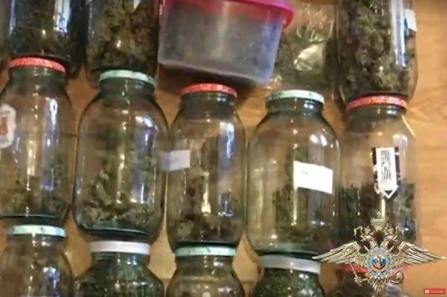 В Багратионовске мужчина пытался передать наркотики бывшему сокамернику