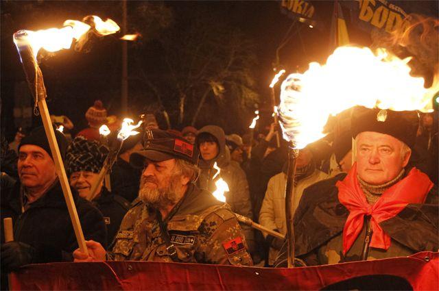 Марш украинских националистов в день рождения Бандеры.