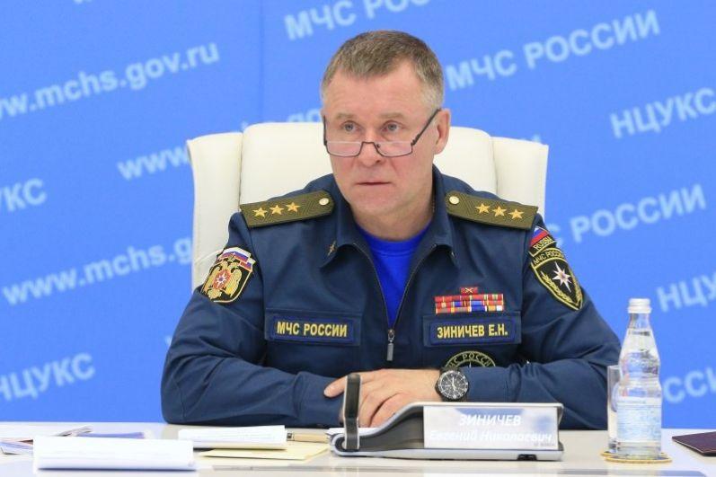 Евгений Зиничев продолжил руководить МЧС.