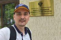 Марафонец из Твери Артём Алискеров почти год борется с раком.