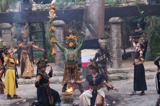 Индейское происхождение имеют многие продукты и напитки Мексики.