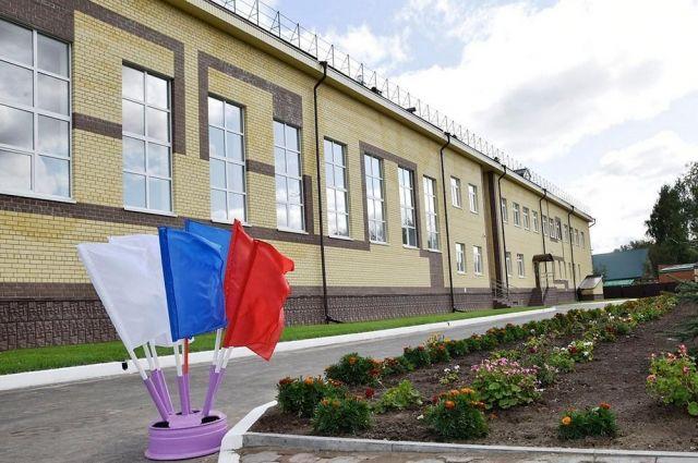 В Тюменской области заменят 32 деревянные школы