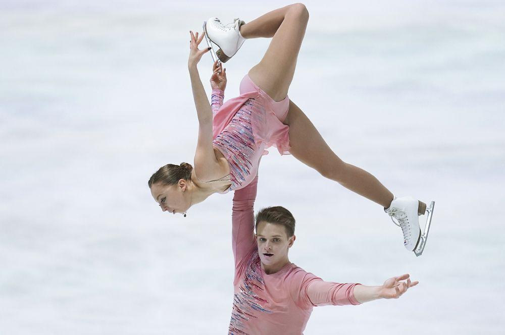 Пары: Александра Бойкова, Дмитрий Козловский.