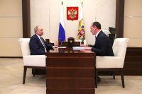 Встреча Владимира Путина с главой компании «Россети» Павлом Ливинским.