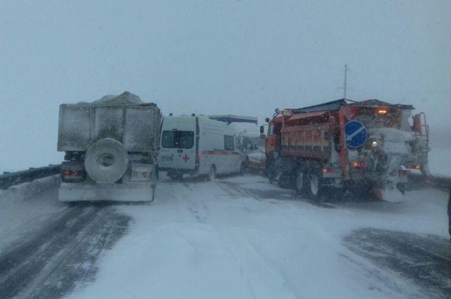 В Оренбуржье на одном участке дороги за день произошло 7 ДТП.