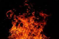 В Тюмени произошел пожар во дворе дома по улице Береговой
