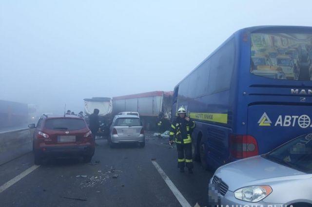 На трассе Одесса-Киев произошло масштабное ДТП: есть жертва и пострадавшие