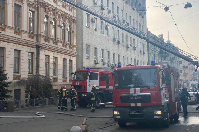 В Киеве вспыхнуло здание Министерства культуры: подробности
