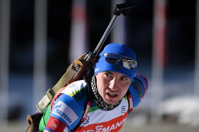 Александр Логинов на Кубке мира по биатлону.