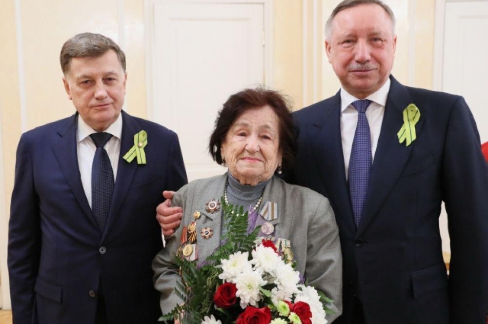 В Петербурге проживает более 77000 человек, награжденных медалью «За оборону Ленинграда» или знаком «Жителю блокадного Ленинграда».
