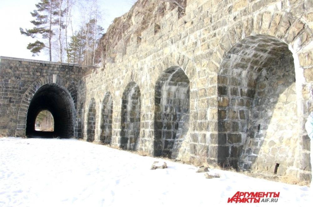 Итальянская стенка на КБЖД.