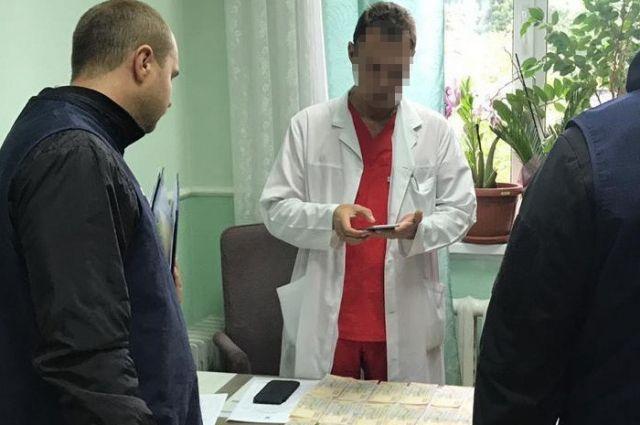 Коррупция в Институте рака: столичная прокуратура передала дело в суд