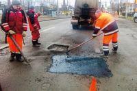 Бригады «Дормостстроя» уже приступили к ямочному ремонту улиц Смоленска.