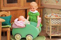 13-летней девочке еще бы в куклы играть, а она готовится стать мамой.