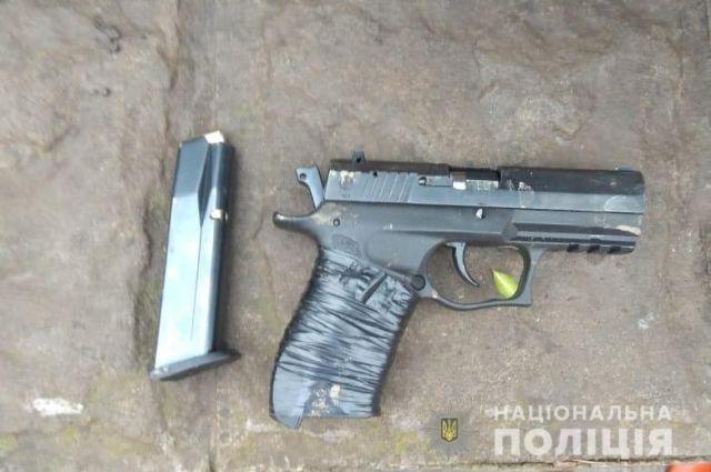В Кривом Роге задержали мужчину, стрелявшего в патрульных
