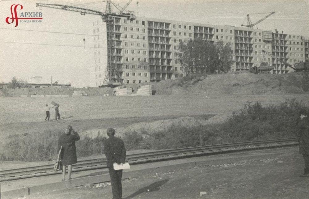 Застройка улицы Коммунистической 9-этажными домами, 17 сентября 1971 г.