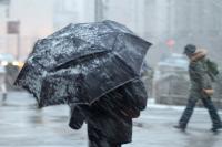 В столице объявили штормовое предупреждение: порывы ветра и мокрый снег
