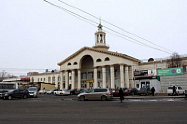 Двухэтажное здание аэровокзала на Взлетке функционировало до 1988 года.