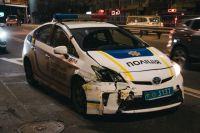 В Киеве произошло ДТП: авто патрульных протаранило легковушку