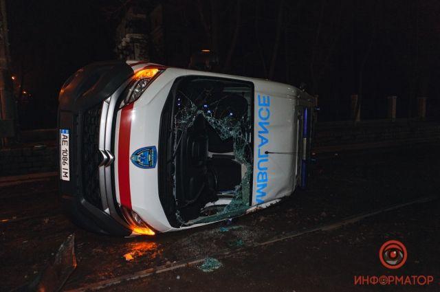 В Днепре карета «скорой» попала в ДТП: есть пострадавшие